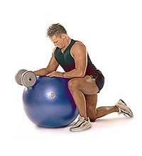 SISSEL® Gymnastikball: Hantelübung für Handgelenk